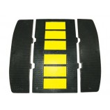 Rubber Speed Hump SH210